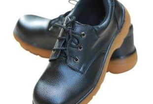 Giày bảo hộ ABC mũi thép đế kếp vàng chống dầu